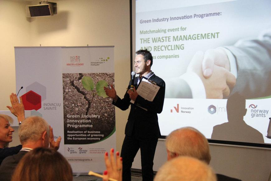Atliekų tvarkymo ir perdirbimo įmonių kontaktų mugės akimirkos
