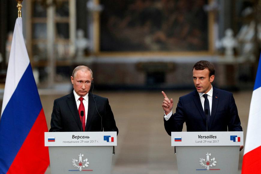 Vladimiras Putinas ir Emmanuelis Macronas