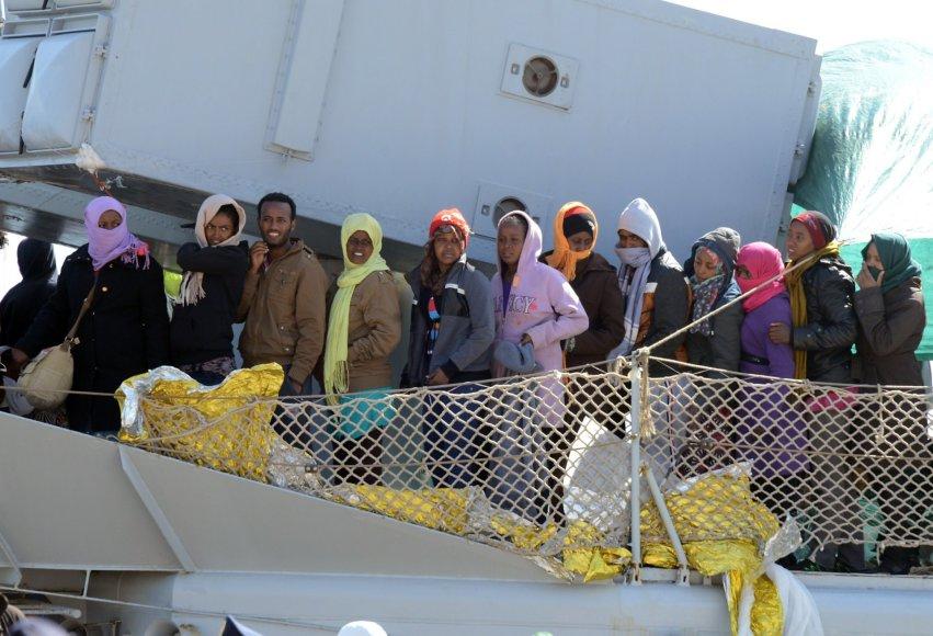 Migrantų laivas.