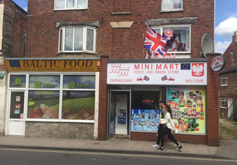 Lenkai Didžiojoje Britanijoje įsikūrę panašiai, kaip lietuviai.