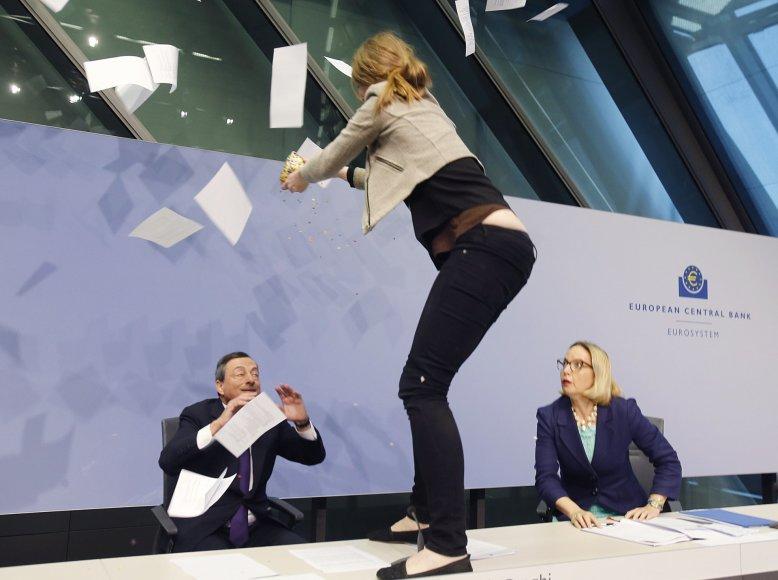 Išpuolis prieš M.Draghi.