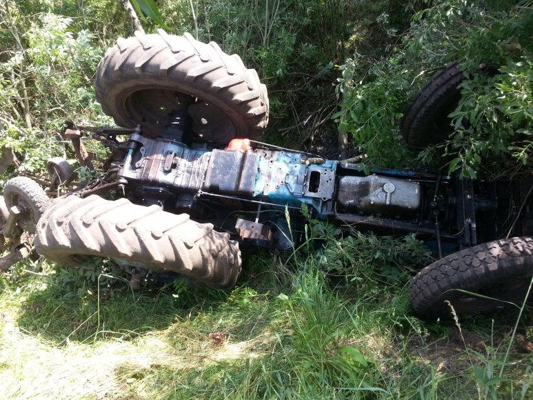Šilutės rajone žuvo traktorininkas.