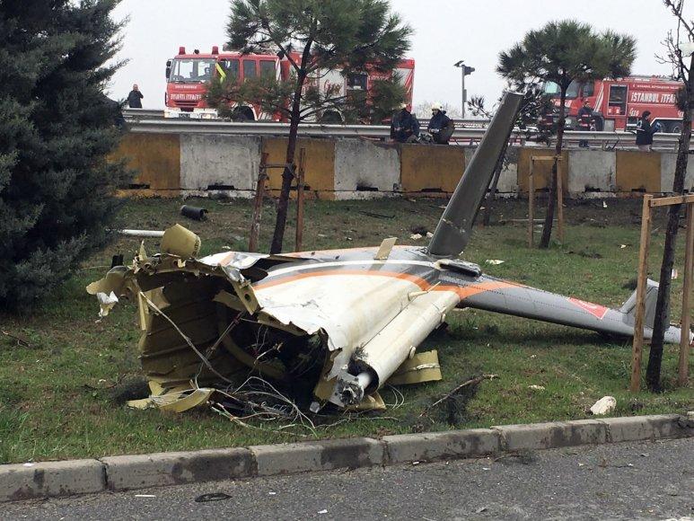 Stambule nukrito sraigtasparnis