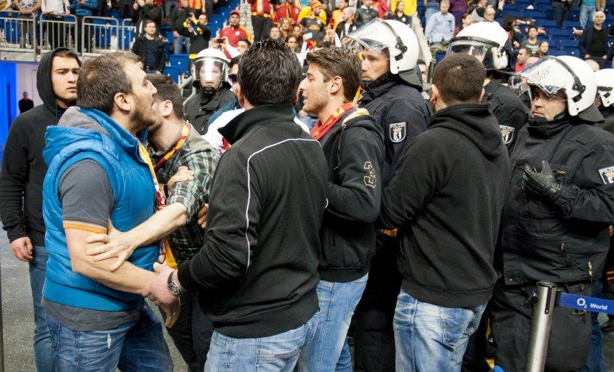 Turkų sirgalių sukeltos riaušės Berlyne