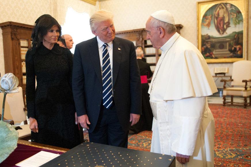 Melania Trump, Donaldas Trumpas ir popiežius Pranciškus