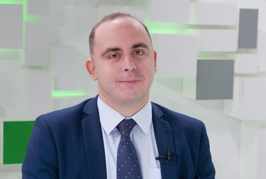 """Valdo Kopūsto / 15min nuotr./Aleksandras Izgorodinas, """"SME Finance"""" ekonomistas"""