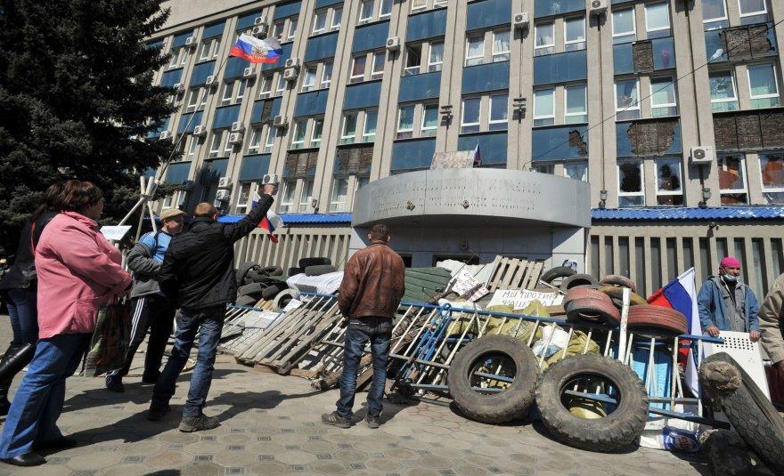 Prorusiški protestuotojai Luhanske
