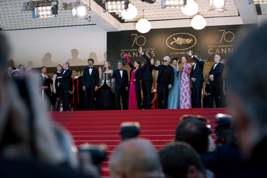 70-ojo Kanų kino festivalio atidarymo svečiai