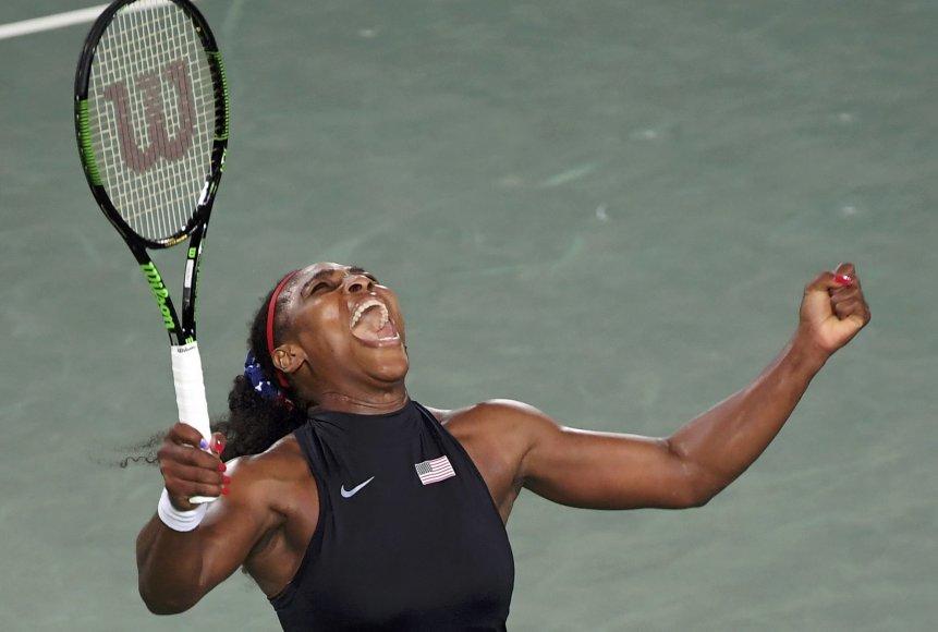 Serena Williams prieš Alizę Cornet
