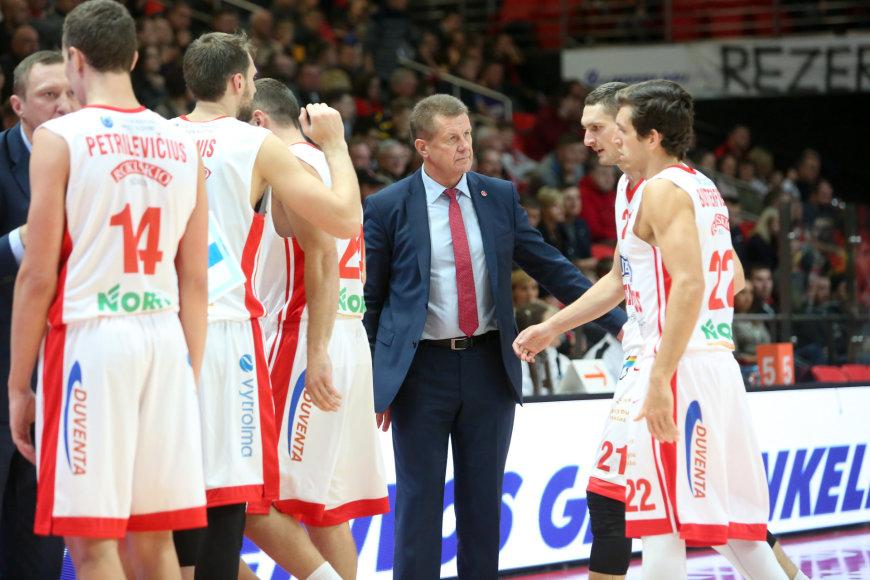 Antanas Sireika su komanda