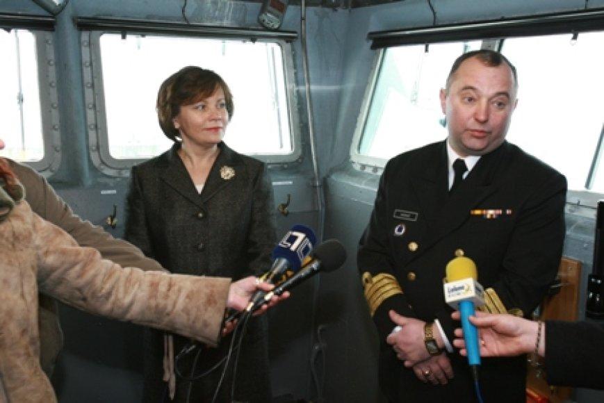 Laive svečiavosi ministrė R.Juknevičienė. Ją lydėjo Karinių jūrų pajėgų vadas O.Mariničius.