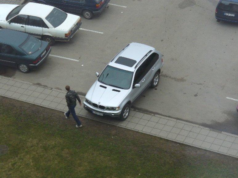 Fotopolicija, BMW X5
