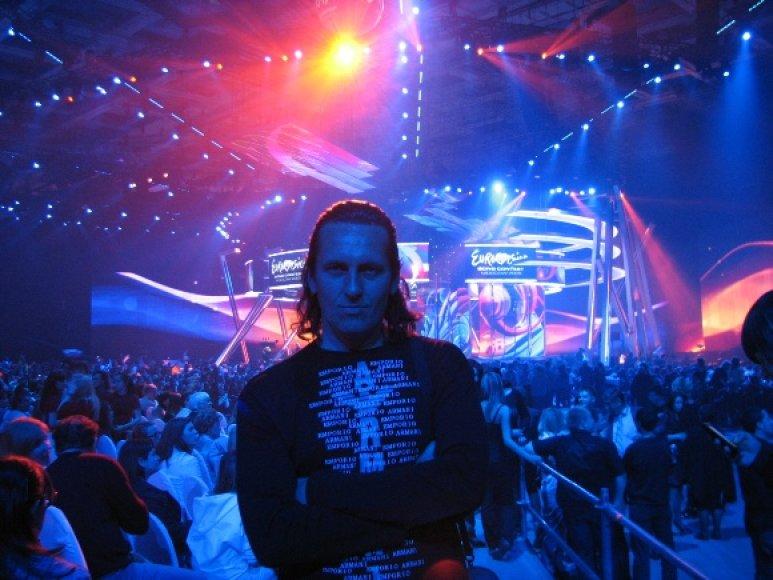 """15min.lt skaitytojas, konkurso nugalėtojas R.Celencevičius įamžino """"Eurovizijos"""" pusfinalį"""