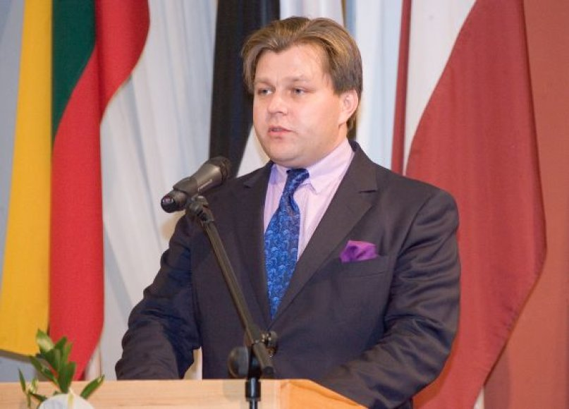 Baltijos asamblėjos apdovanojimai, Mantas Adomėnas