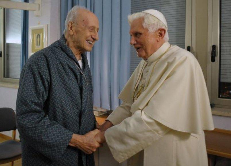 Kardinolas Rogeris Etchegarayus su popiežiumi