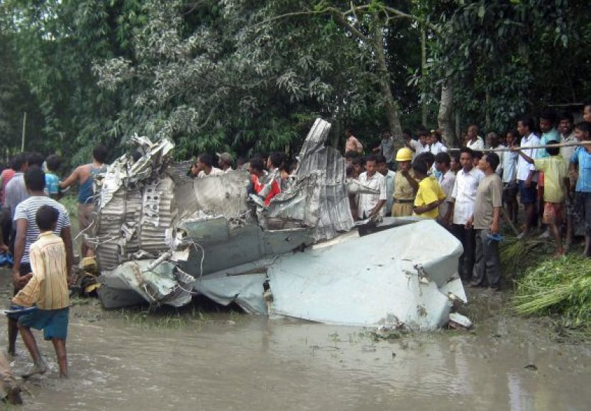 Indijoje nukrito sraigtasparnis MIG-27