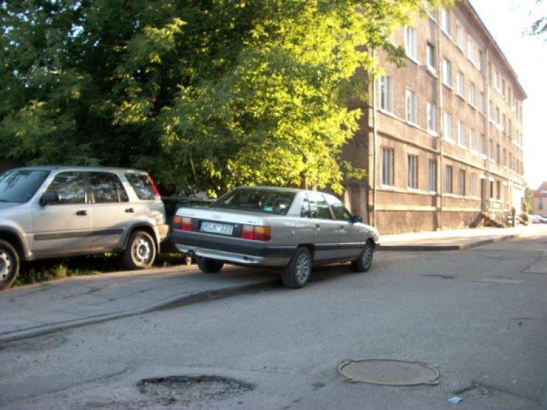 Įdomus parkavimas Klaipėdoje