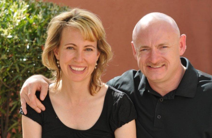 Gabrielle Giffords su vyru Marku Kelly