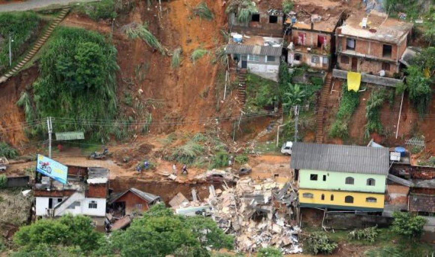 Purvo nuošliaužos prie Rio de Žaneiro