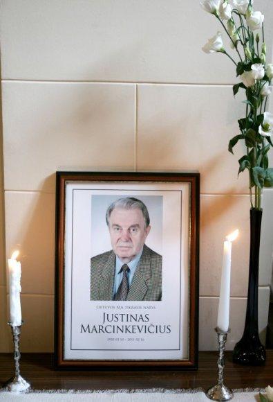 Justino Marcinkevičiaus laidotuvės