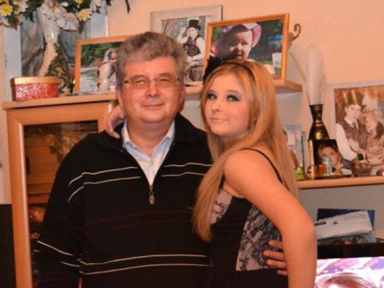 Viktorija Tesliuk su tėčiu