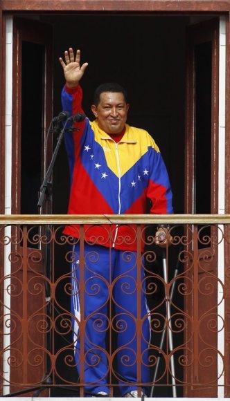 Hugo Chavezas po operacijos