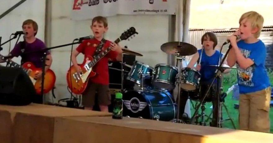 """The Mini Band"""