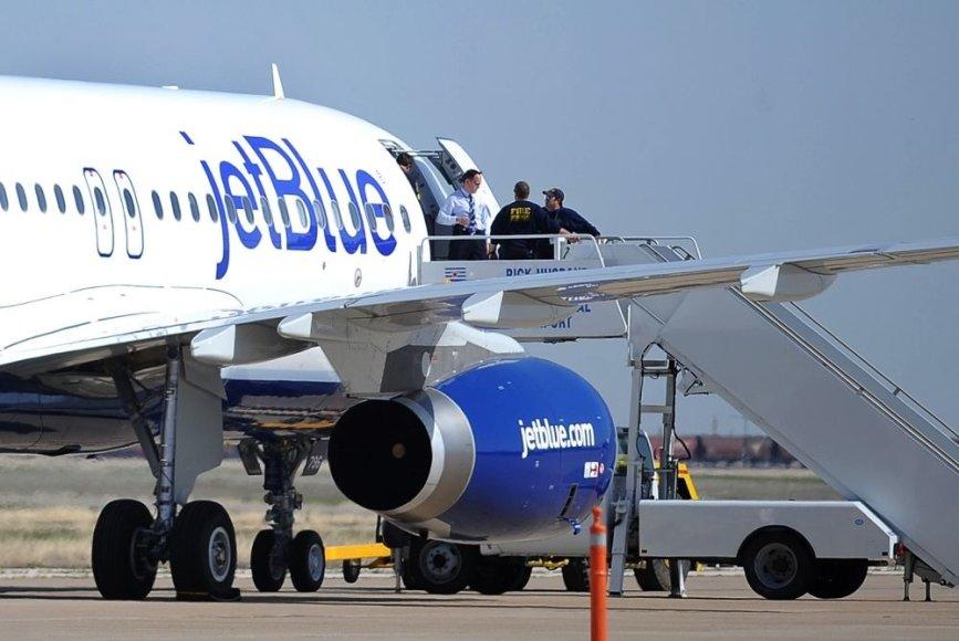 """JetBlue"" lėktuvas Amarilo oro uoste"