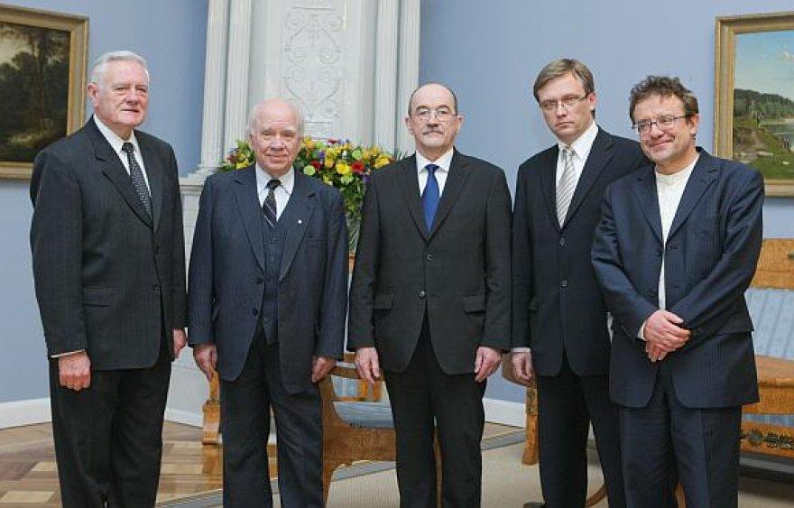 Valdas Adamkus Prezidentūroje priėmė sąjūdiečius Bronislovą Genzelį, Romualdą Ozolą, Zigmą Vaišvilą ir Vytautą Radžvilą.