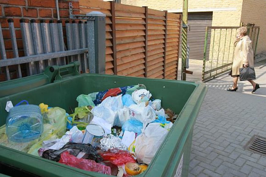 Rinkliava už komunalines atliekas vis dar sukelia klaipėdiečių nepasitenkinimo bangas.