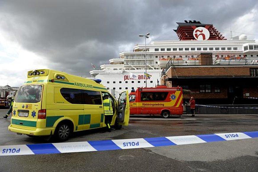 """Kruizinis laivas """"Zenith"""" Stokholmo uoste"""
