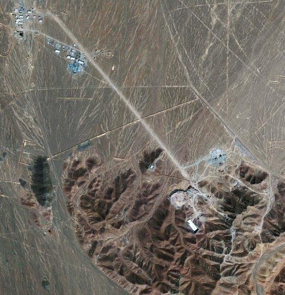 Naujasis Irano branduolinis objektas užfiksuotas palydovinėje nuotraukoje.