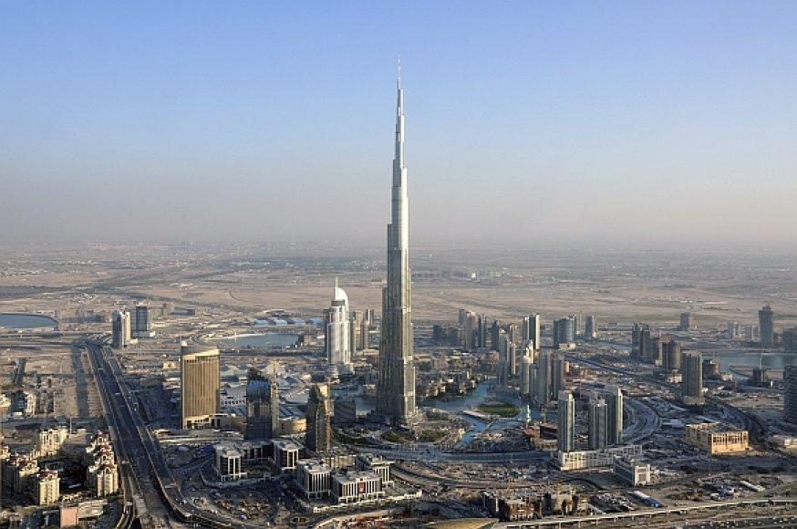 """""""Burj Dubai"""" dangoraižis bus atidarytas 2010 metų sausio 4 dieną."""