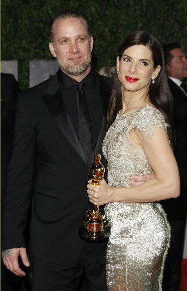 Sandra Bullock ir Jesse'is Jamesas