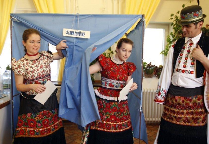 Vengrijoje vyksta parlamento rinkimai.