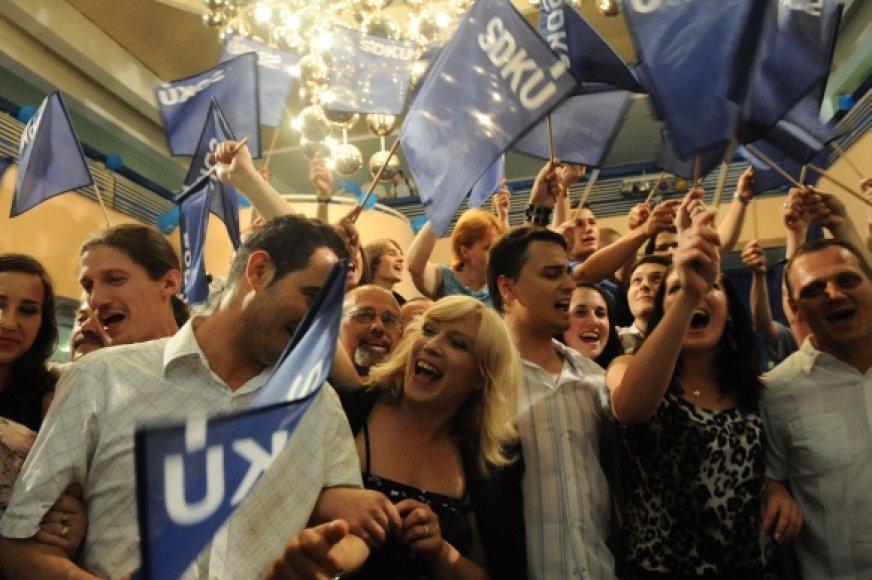 Slovakijos dešinieji džiaugiasi rinkimų rezultatais.