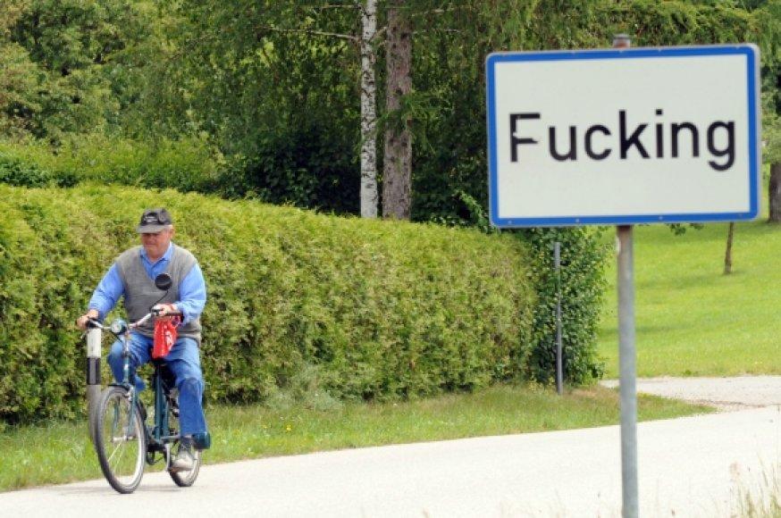 Asociatyvinė iliustracija: tai ne angliškas keiksmažodis, o kaimelio Austrijoje pavadinimas.