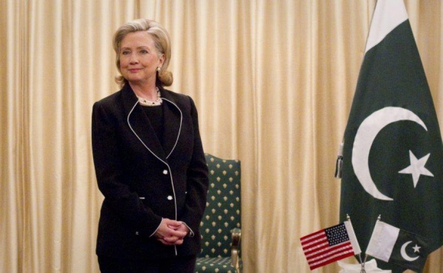 Hillary Clinton Pakistane pažadėjo solidžią paramą šiai šaliai.