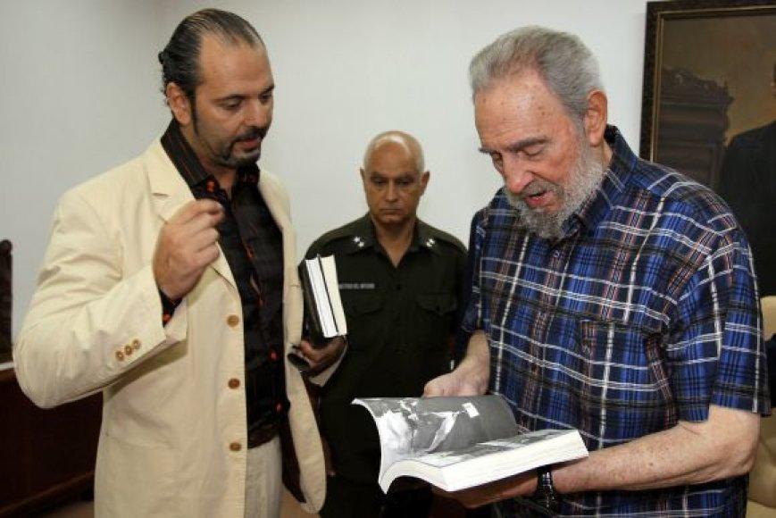 Fidelis Castro ir Danielis Estulinas