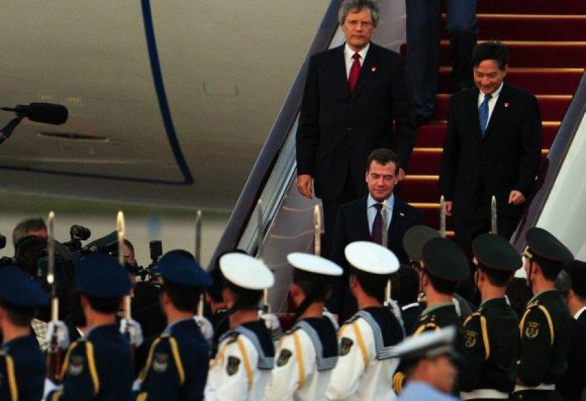 Dmitrijus Medvedevas atvyko į Kiniją.