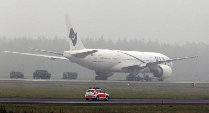 Į Pakistaną skridęs lėktuvas buvo priverstas nusileisti Švedijoje.
