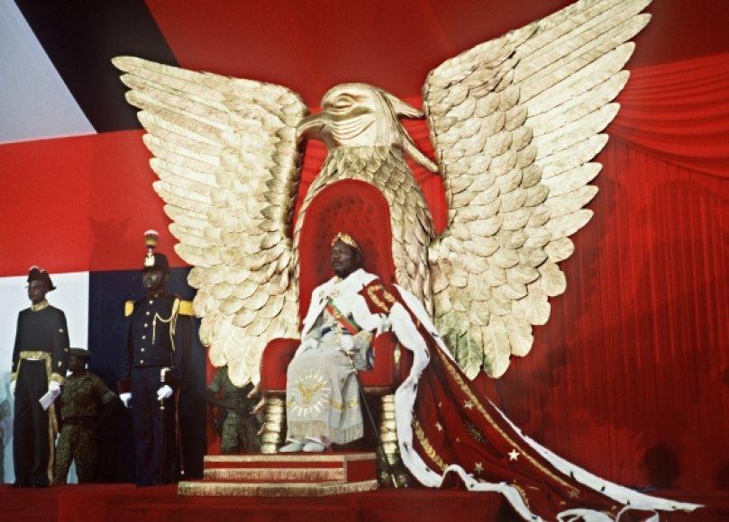 Jeano Bedelio Bokassos karūnavimo ceremonija 1977-aisiais