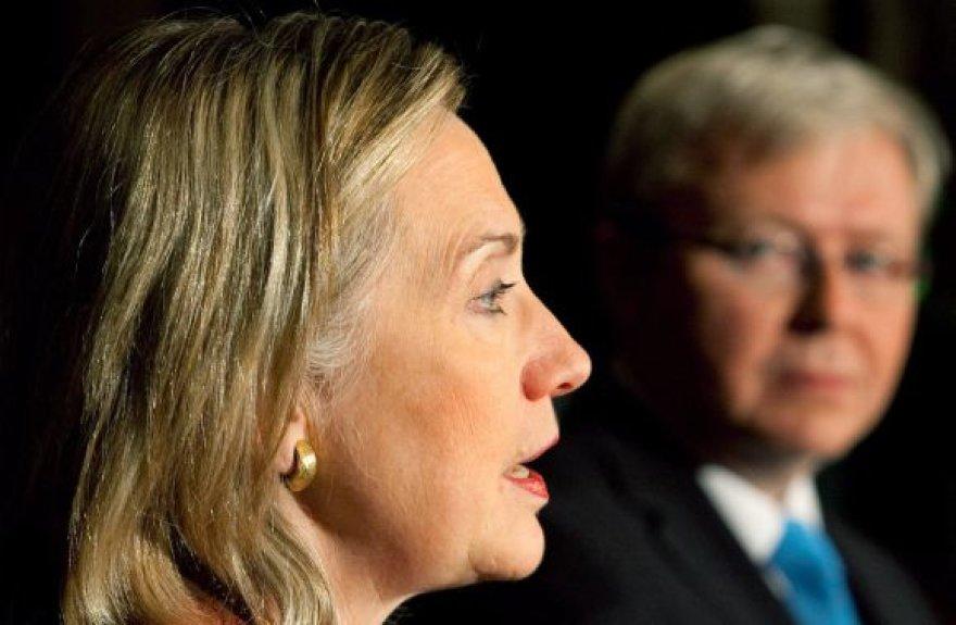 Hillary Clinton ir Kevinas Ruddas