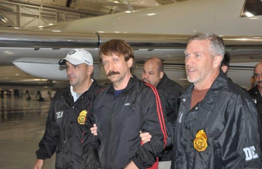 Viktoras Butas JAV pareigūnų rankose