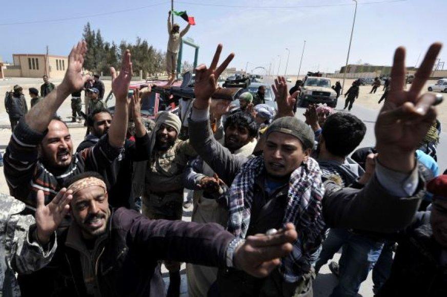 Sukilėliai Bin Džavado kaime