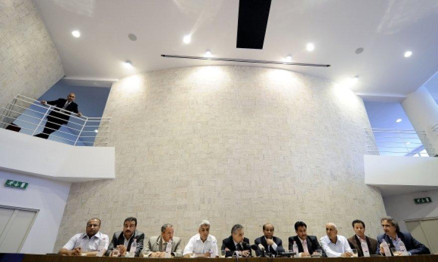 Iš Libijos pabėgę aukšto rango kariškiai surengė spaudos konferenciją Romoje.
