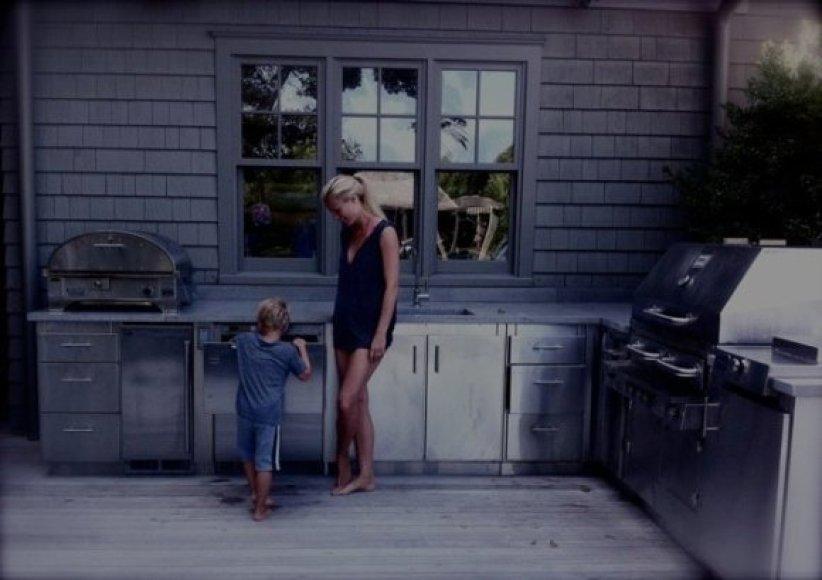 Gwyneth Paltrow su sūnumi Mosesu