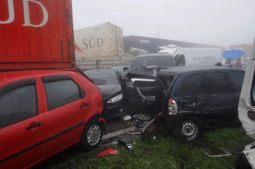 Masinė avarija greta San Paulo