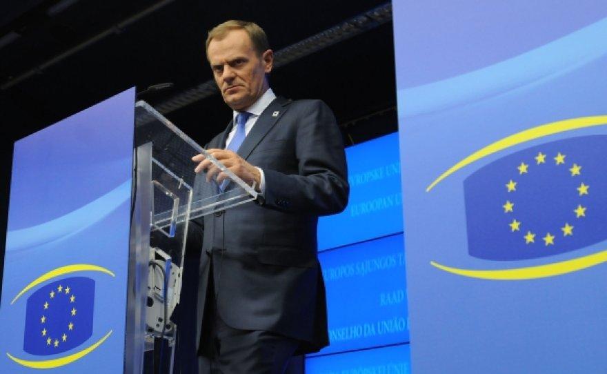 Donaldas Tuskas pranešė, kad Europos Sąjungos šalių lyderiai rado bendrą kalbą dėl bankų kapitalo.