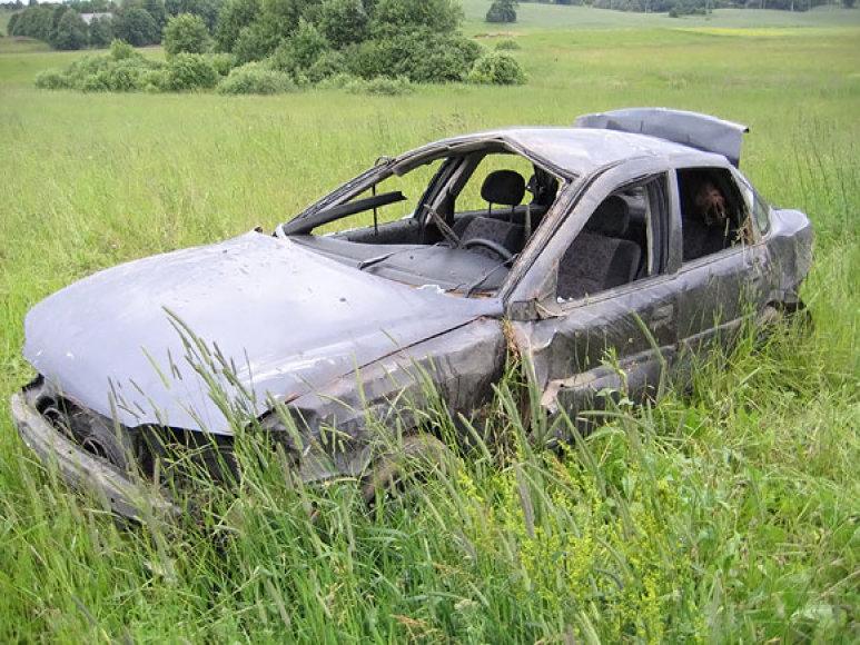 Apsivertęs kontrabandininkų automobilis